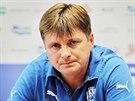 Dušan Uhrin, trenér Plzně, na tiskové konferenci před pohárovým utkáním s...