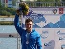 STŘÍBRNÁ RADOST. Martin Fuksa slaví první medaili ze světového šampionátu...