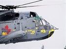 Princ William pilotoval vrtulník také na návštěvě Kanady (4. července 2011).