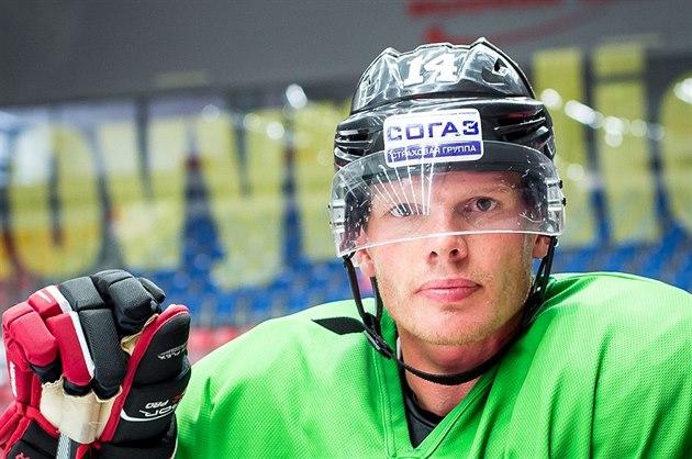 Václav Nedorost trénuje s hokejisty �eských Bud�jovic.