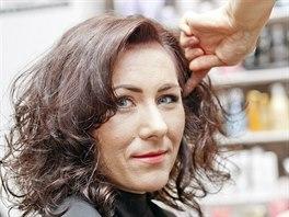Vizážistka Jana Kopecká zvolila výrazný make-up: postavila ho na zesíleném...