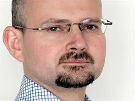 B�val� Topol�nk�v mluv�� a sou�asn� �editel tiskov�ho odboru na ��adu vl�dy...