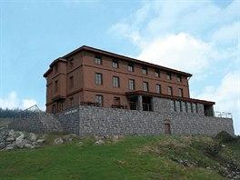 Nová studie obnovy Petrovy boudy vznikla v květnu 2014 a vychází z podoby chaty...