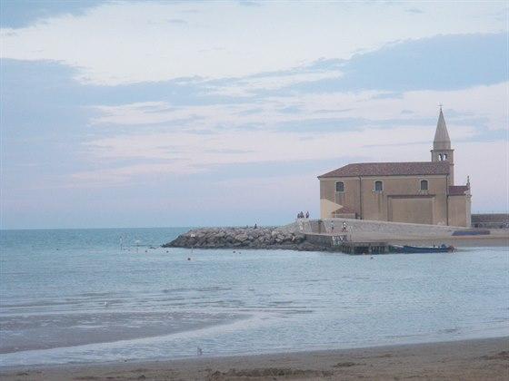 Oblíbené italské letovisko Caorle láká k prožití dovolené snů