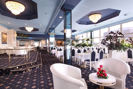 Bohemia Top Restaurant - prostory pro firemn� akce, kongresy a konference