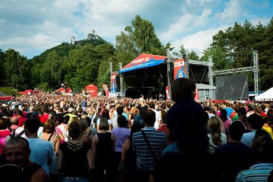 Hudební festival Hrady CZ se po Hradci n. Moravicí přesouvá na Bezděz
