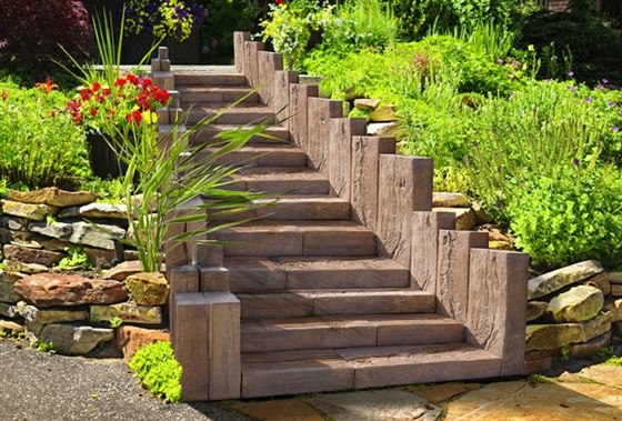 Jak by se vám líbila dřevěná dlažba s vlastnostmi betonu?