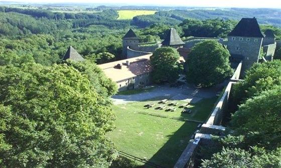 Hrad Helfštýn patří k nejrozsáhlejším hradním komplexům v Evropě