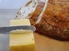 Podle tvrzení tvůrců ButterUp není nutné máslo předem povolovat.