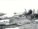 Suezský průplav budovali v 60. letech 19. století špatně placení dělníci.