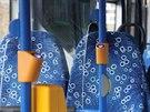 Cestující si mohou dobít své mobily či tablety přímo v autobuse
