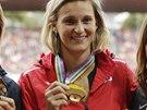 ŠAMPIONKA. Barbora Špotáková už má ve sbírce i poslední zlatou medaili, která jí dosud scházela. Ve finále ME v Curychu porazila Srbku Jelačovou (vlevo) a Němku Stahlovou.