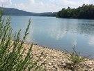 Přehrada Starina bohužel ke koupání určená není, možná i proto je v ní voda...