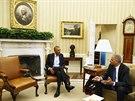 Americk� prezident Barack Obama b�hem pond�ln�ch jedn�n� s ��fem ministerstva...
