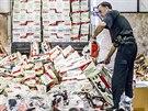 V odpadu skončilo téměř 1 700 padělků motorových pil.