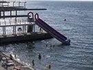Turisté v resortu u Černého moře v Jaltě. (14. srpna 2014)