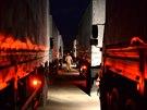 Z Moskevské oblasti v noci vyjela kolona 280 nákladních automobilů s dvěma...