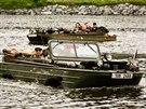 Skupina milovníků historické vojenské techniky uspořádala vsobotu plavbu po...