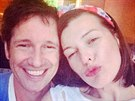 Milla Jovovichov� zve�ejnila selfie s man�elem.