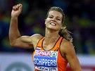 Dafne Schippersová slaví na ME v Curychu triumf v závodu na 200 metrů.