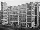 DŘÍVE. Výstavba 14. a 15. budovy baťovského areálu v roce 1946.