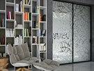 Pískované sklo může v interiéru vypadat jako zajímavý artefakt.