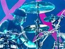 Kapela Blink-182 hrála 15.8. 2014 v Tipsport Areně v Praze. Na snímku bubeník...