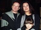 Robin Williams, jeho druhá manželka Marsha a dcera Zelda (New York, 13. prosince 1998)