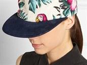 Kšiltovka s tropickým vzorem, Eugenia Kim