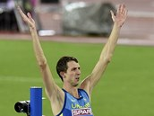 Bohdan Bondarenko slaví vítezství na mistrovství Evropy v Curychu.