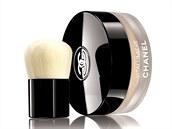 Make-up ve form� sypk�ho pudru najdete nov� u Chanel v podob� Vitalumi�re Loose...