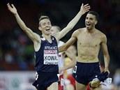 Mahiedine Mekhissi-Benabbad (vpravo) a Yoann Kowal slavili francouzský...