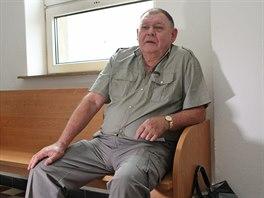 Jaroslav Pulecz vypil alkohol s metanolem, skončil v nemocnici. Na rozdíl od...