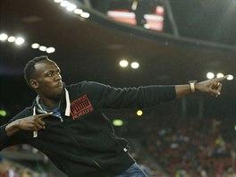 Usain Bolt se předvádí, je hostem atletického mistrovství Evropy v Curychu.