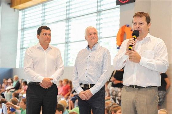 starosta m�stsk� ��sti Dalibor Mlejnsk� p�i slavnostn�m zah�jen�