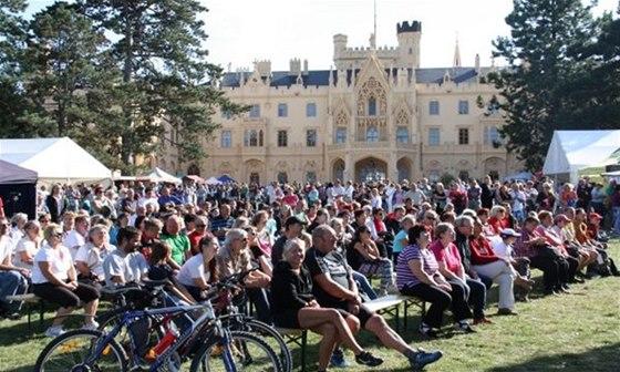 V zámecké zahradě si 30. a 31. srpna budete moci užít Open Air Festival s řadou