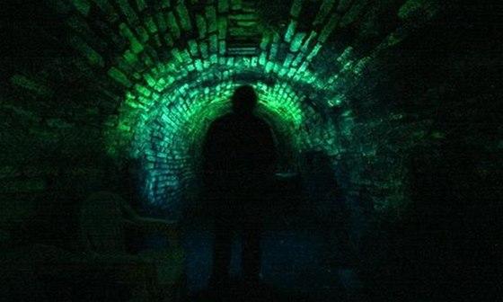 """Tajemné fosforeskující chodbě v Jihlavském podzemí přezdívají """"svítivka"""""""