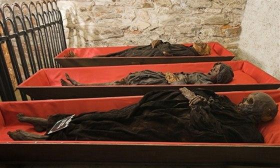 V klatovských katakombách se dochovalo 30 mumií