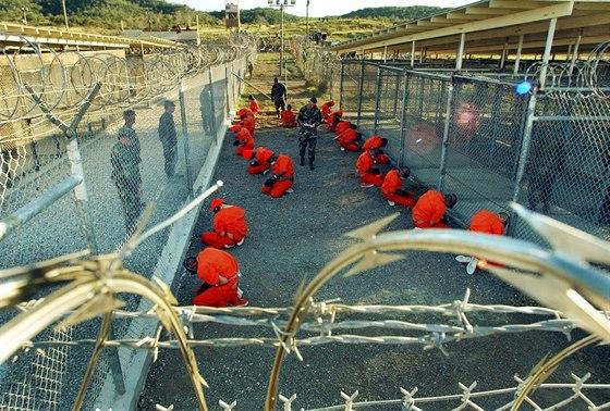PTSD se rozhodně netýká jen vojáků, trpí jí i vězni z Guantanáma.