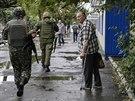 Ukrajinští vojáci ve městě Dzeržinsk (28. srpna 2014)