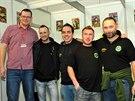 Matteo De Grandi (uprostřed) mimochodem pravidelně navštěvuje i české rybářské...