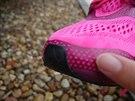 Aplikovaná guma botu chrání a zpevňuje.