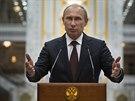 Ruský prezident Vladimir Putin na brífinku po jednání s Petrem Porošenkem na...
