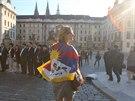 Demonstrantka proti česko-čínskému obhcodnímu fóru na Pražském hradě.