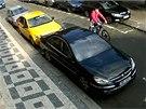 Neznámý lupič po přepadení cyklisty odjíždí na kole za sto tisíc korun
