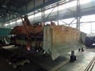 Buldozer, z nějž byly použity některé komponenty nezbytné pro restaurování...