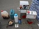 Gang policie podezírá z výroby několika desítek kilogramů pervitinu dohromady...