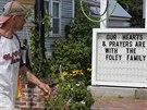Lidé v Rochesteru vyjadřují podporu rodině zavražděného vojáka Jamese Foleyho.