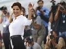 Italská herečka Luisa Ranieri pózuje fotografům před zahájením 71. ročníku...