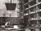 Inovace spočívala ve vytvoření nového typu stavební jednotky, z níž se skládaly...